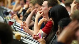 Wo gibt's die meisten zulassungsfreien Studiengänge?