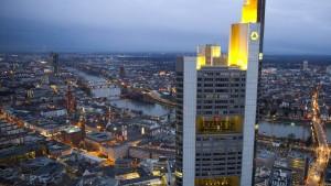 Commerzbank verklagt die Deutsche Bank