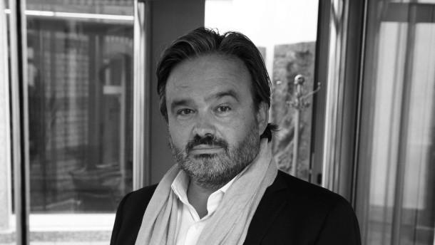 Alain Caparros - Der Rewe-Vorstandschef startete seine Karriere bei einem französischen Kosmetikkonzern und arbeitete später fürAldi.