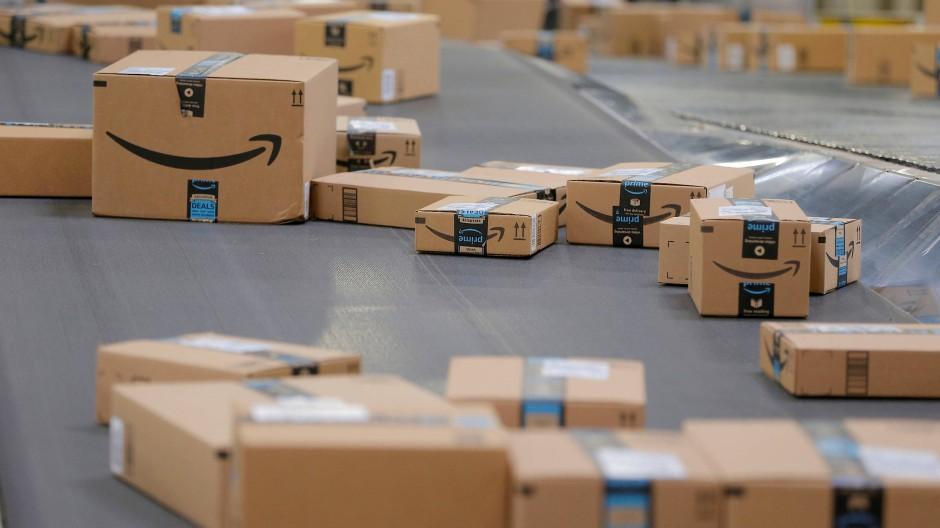 Liefert, liefert und liefert: Amazon verdient auch in der Pandemie mehr Geld.