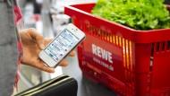 Die Idealvorstellung von Payback: Einkaufen, Punkte sammeln und auf der App gleich noch Coupons einlösen