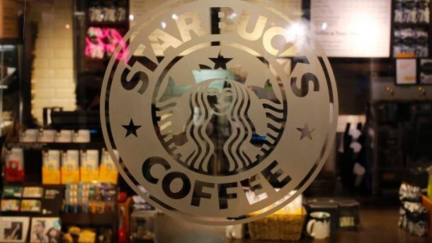 Starbucks rechnet sich in Großbritannien arm