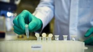 Impfstoffhersteller Curevac bekommt frisches Geld
