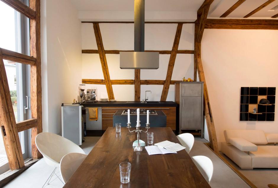 von der scheune zum wohnhaus. Black Bedroom Furniture Sets. Home Design Ideas