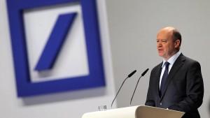 Ersetzt die Deutsche Bank ihren Chef durch einen Goldman-Banker?