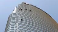 Klare Sicht: Fensterputzer am Unicredit-Turm in Mailand.