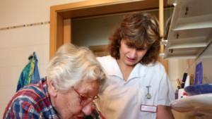 Pflegerin gesucht - rund um die Uhr für 1000 Euro