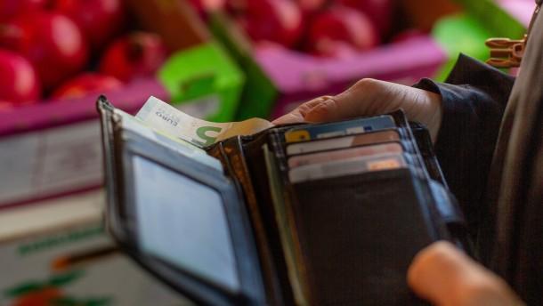 Bundesregierung rechnet mit Inflationsrückgang ab 2022