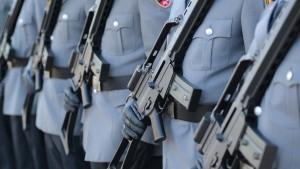 Rückgang bei Waffenverkäufen schwächt sich ab