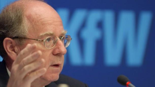 dpa/dpaweb <b>Hans Reich</b> ist Vorstandssprecher der KfW - hans-reich-ist