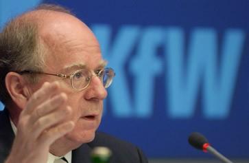 <b>Hans Reich</b> ist Vorstandssprecher der KfW - hans-reich-ist