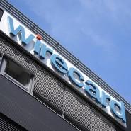 Das Logo von Wirecard vor dem Hauptsitz in Aschheim beim München: Dem Dax-Konzern droht eine Herabstufung der Kreditwürdigkeit durch eine amerikanische Ratingagentur.