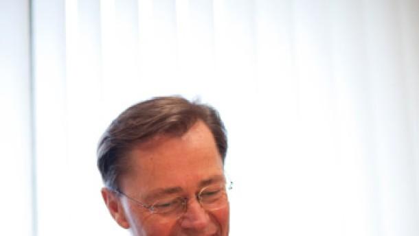 Millionen für Middelhoff vor der Pleite
