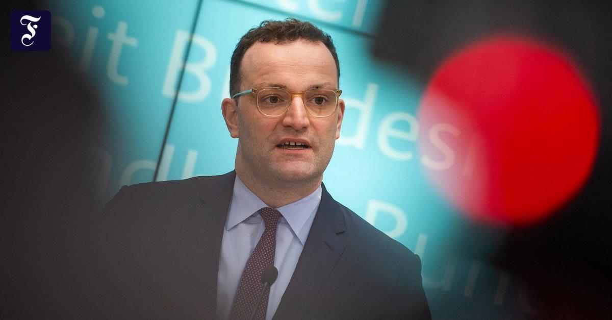 """""""Epidemie ist hier angekommen"""": Spahn: Auch deutsche Orte könnten abgeriegelt werden"""