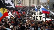 Viele Russen sind schon gegen die neuen Internetregeln auf die Straße gegangen.