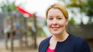 Familienministerin will weniger Gewinn für Pflegeheime