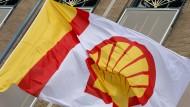Nach Unilever spielt auch Shell mit dem Gedanken eines Abzugs aus den Niederlanden.