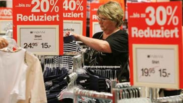 """""""Die Händler schreiben lieber 9,99 auf das Preisschild"""""""