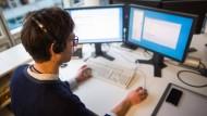 Tipptopp: Die Erwerbstätigkeit ist in Hessen gestiegen - und damit sind auch die Arbeitsstunden mehr geworden.