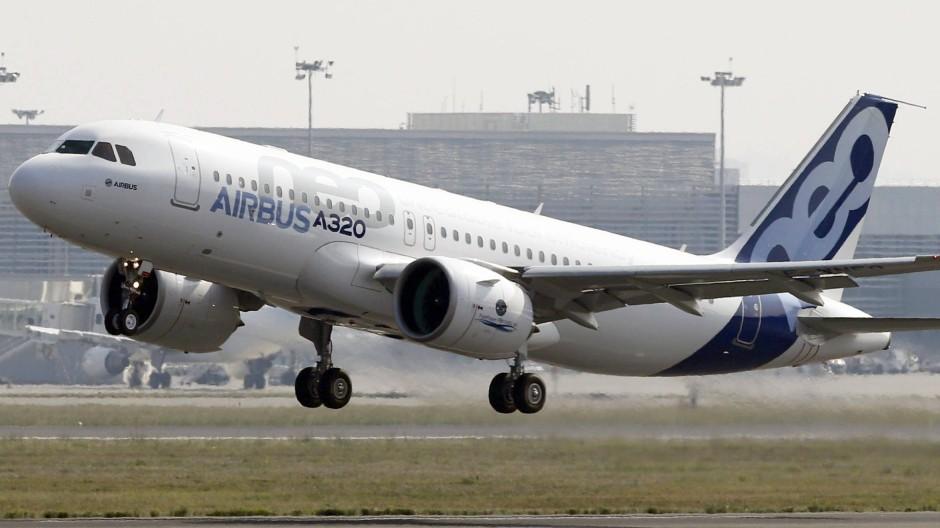 Airbus A320neo bei seinem ersten Start in Toulouse.