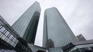 Vertrauter Qatars muss Aufsichtsrat der Deutschen Bank verlassen