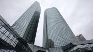 Ansicht der Deutsche Bank Unternehmenszentrale in Frankfurt