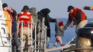 Griechenland schiebt weitere Migranten in Türkei ab