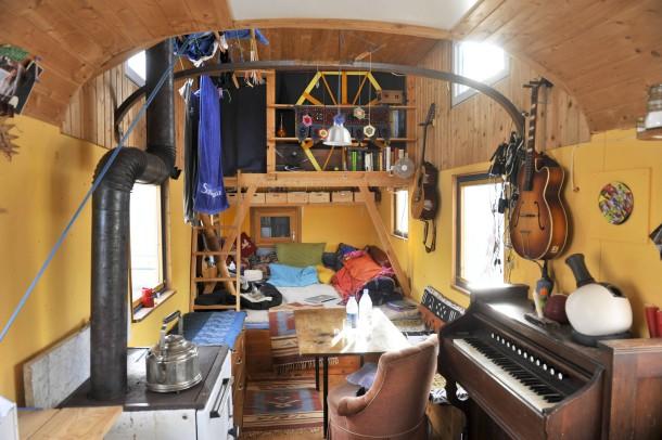 bildergalerie moderne nomaden auch so kann man wohnen bild 2 von 8 faz. Black Bedroom Furniture Sets. Home Design Ideas