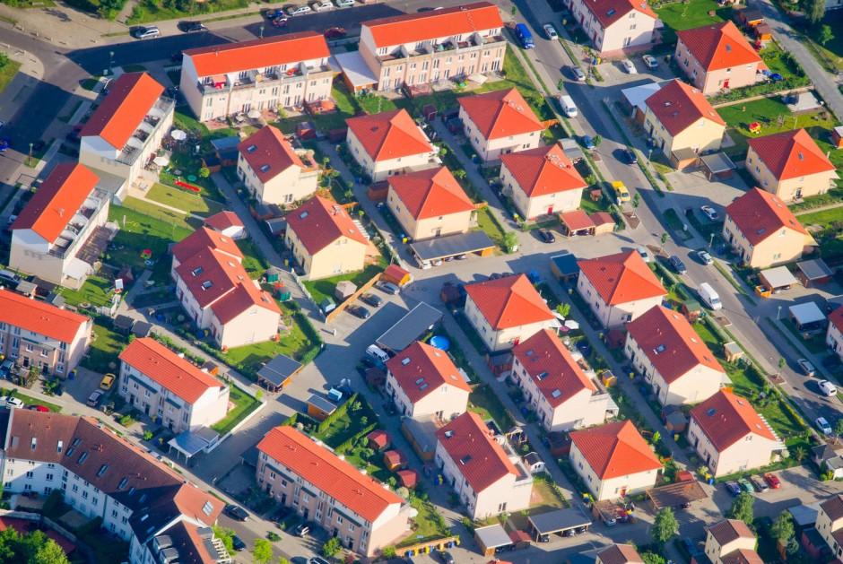 grundsteuer hausbesitzer und mieter zahlen immer mehr steuern