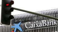 Die spanische Caixa-Bank kann die portugiesische BPI-Bank demnächst komplett kaufen.