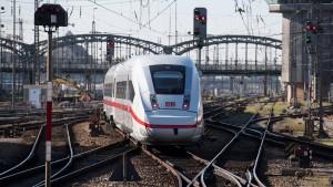 Opposition fordert Reformen bei der Bahn