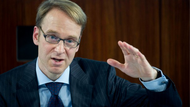 Der Bundesbankpräsident zweifelt an den ESM-Regeln