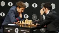 Sergej Karjakin hat sich im März in einem Spitzenturnier in Moskau durchgesetzt und darf nun den Weltmeister herausfordern.