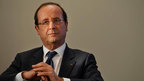 Hollande prüft Abstriche an 75-Prozent-Steuer