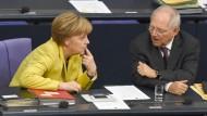 Die Bundeskanzlerin und ihr wichtigster Minister: Wie entscheiden sie sich zur Frage der kalten Progression?