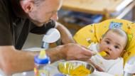Väter frustrierter als Mütter