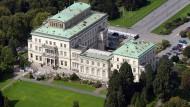 Wohnlich: Die einst von Alfred Krupp errichtete Villa Hügel im Essener Stadtteil Bredeney