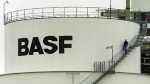 BASF mit vorsichtigem Optimismus