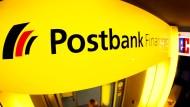 Postbank-Beschäftigte für unbefristeten Streik
