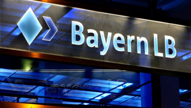 Bayern verklagt frühere Landesbank-Chefs