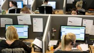 Mehr Deutsche arbeiten und sie arbeiten länger.