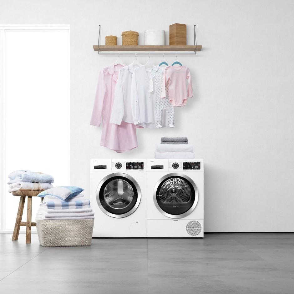 Eine Waschmaschine von Bosch, die mit dem Trockner kommuniziert