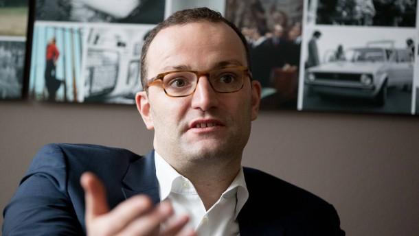 Jens Spahn investiert in Steuer-Software