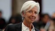 """Christine Lagarde bekommt nach ihrer ersten Ratssitzung viel Lob aus dem zerstrittenen EZB-Rat - wie es heißt von """"Falken, Tauben und Indifferenten""""."""