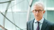 Karl von Rohr ist Personal- und Rechtsvorstand der Deutschen Bank