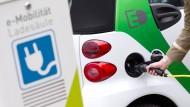 Ladesäule: In Darmstadt wurde die Verbindung von Ökostrom und Elektroauto getestet. (Symbolbild)