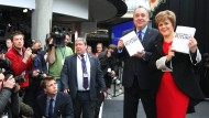 """Austrittswillig: Schottlands Ministerpräsident Alex Salmond und Deputy First Minister seine erste Ministerin Nicola Sturgeon präsentieren ein """"Weißbuch"""" für die Abspaltung"""