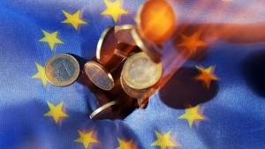 EU: Hohe Beamtengehälter sind erforderlich
