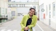 Gülseren Demirel, 49, leitet die Produktion von 3M in Kempten.