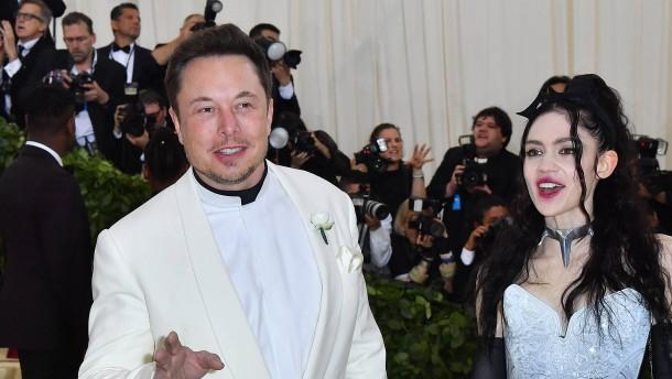 Elon Musk freut sich über die Geburt eines Sohnes